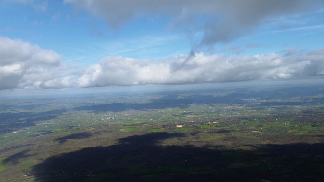 Parapente-Lot-sous-les-nuages